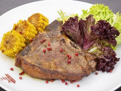 Стейк Ті-Бон (Steak T-bone)